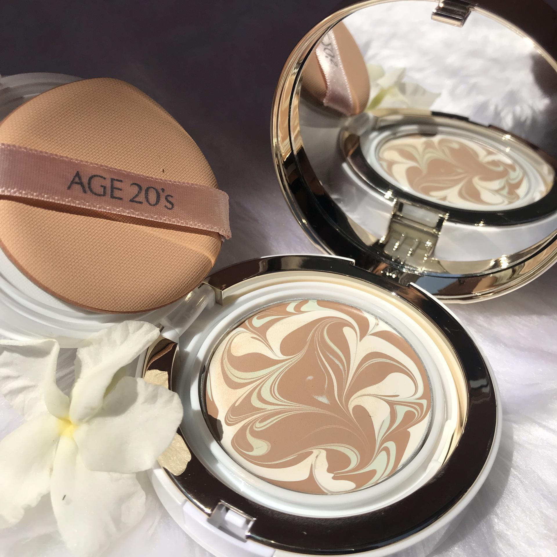 Thiết Kế Phấn Lạnh AGE 20's Signature Essence Cover Pact