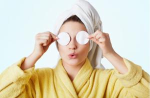 Chăm sóc da mặt sai cách có thể gây ra lão hóa da sớm