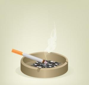 Thuốc lá là tác gây nên tình trạng quầng thâm mắt