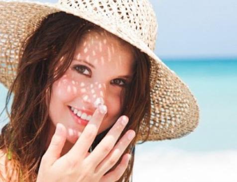 Bảo vệ da khỏi tác động của ánh nắng mặt trời