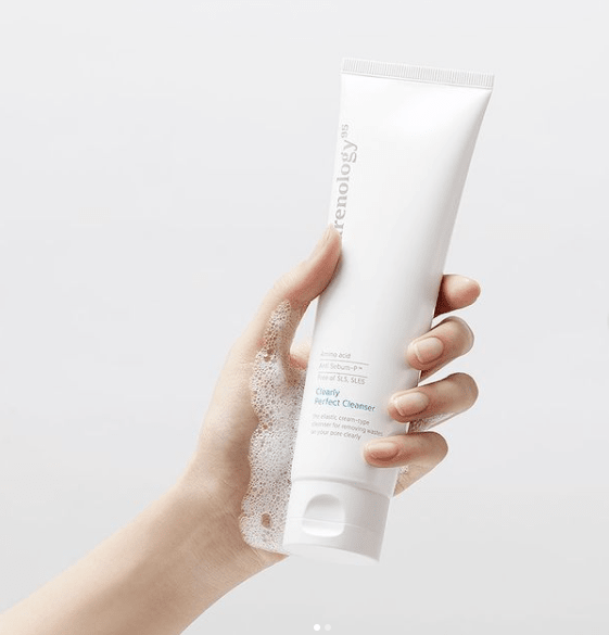 Sua rua mat Carenology Clearly Perfect Cleanser